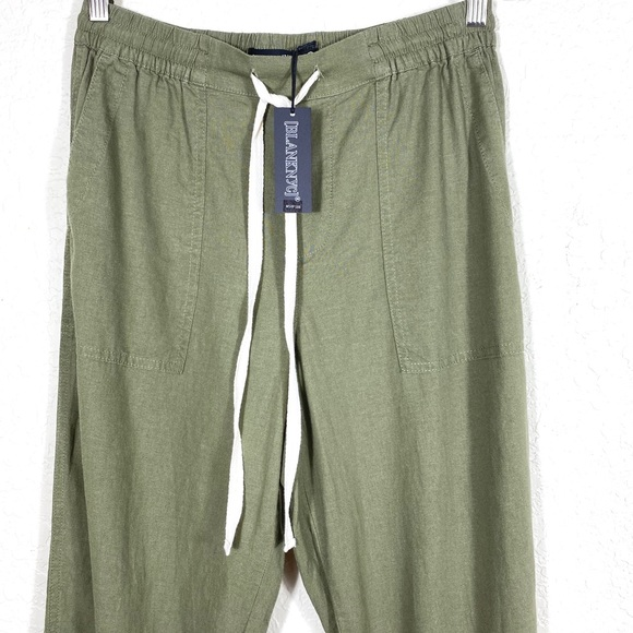 NWT Blank NYC Trooper Pants in Army Green. Size S.